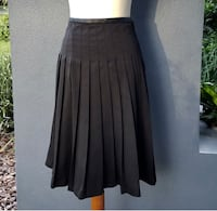 Pleated Faux Leather Skirt US 10 Southfield, 48034