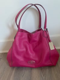 COACH purse, leather, pink, NEW never used  Alexandria, 22314