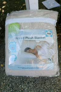 Heated plush blanket Cambridge, 02141