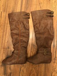 Brown boots never been worn size 8 London, L4M 3H9