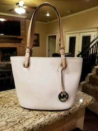 MK Michael KORS NEW WITH TAGS