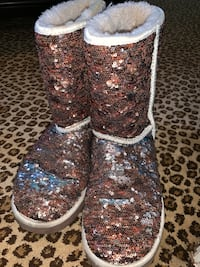 Sparkly UGG Midwest City, 73110