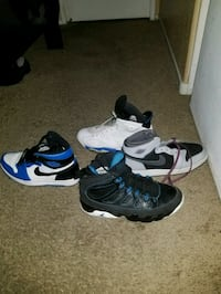 pair of white-and-blue Nike basketball shoes Las Vegas, 89156