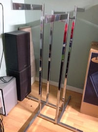 All metal sturdy clothes rack Brampton, L6X 2V2