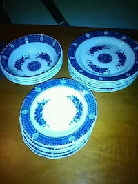 white-and-blue ceramic dinnerware set New Bedford