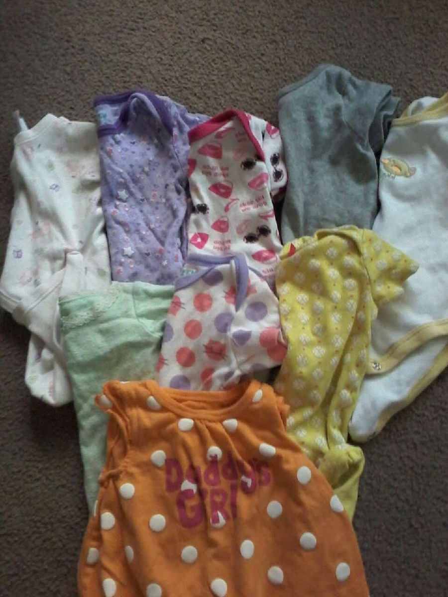 0 to 3 month onsies