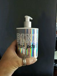 Pink star petals body lotion Madison Heights, 48071