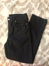 Old Navy cropped jeans Tampa, 33616