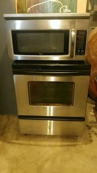 ELECTRIC STOVE AN MICROWAVE