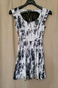 Black & white lace back skull dress (Small) Elkridge, 21075