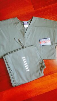 NEW Cherokee scrub set extra small