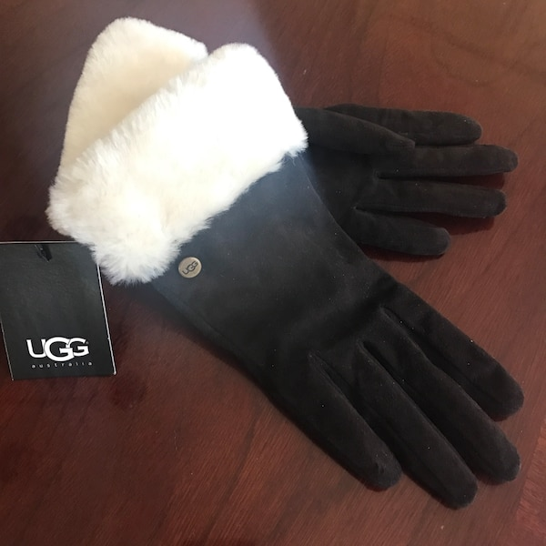 UGG Genuine Suede Leather - size Small