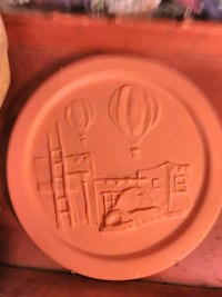 1989 signed and numbered balloon fiesta plate