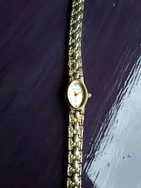 gold-colored analog watch with link bracelet Chattanooga, 37406