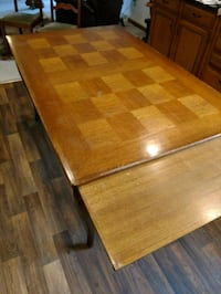 Dining table 6 chairs 329 mi