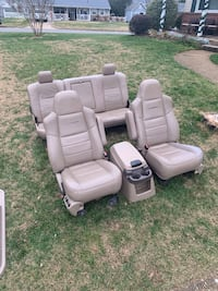 1999-2007 Ford Lariat leather seats console panels Virginia Beach, 23464