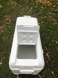 Igloo ice chest 40 x 17 16 inches deep