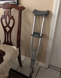 Small crutches new ones