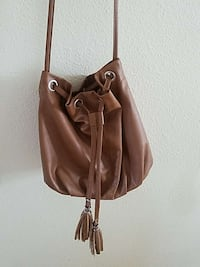 brown leather shoulder bag Central Point, 97502
