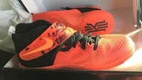 Kyrie irving size 7Y
