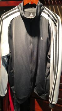 Adidas zip up Alnwick/Haldimand, K0K