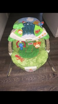 baby's green and white Fisher-Price bouncer Bakersfield, 93309