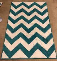 Area rug 30 by 45  Washington, 20024
