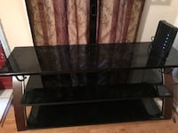 black glass top TV stand Anniston, 36201