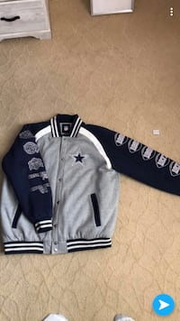 White and blue cowboys authentic jacket size 3x Bakersfield, 93309