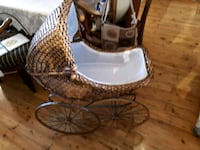 Antique Doll Carriage Whitby, L1N 2R4