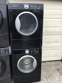 Set washer and electric dryer Frigidaire. Oakland, 94621