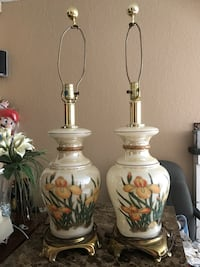 two white ceramic table lamps Moreno Valley, 92553