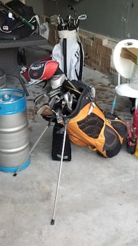 Irons golf clubs + bag for sale Mississauga