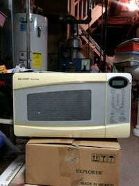 white General Electric microwave oven Brooklyn, 11229