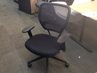 black leather padded rolling chair Farmingdale, 11735