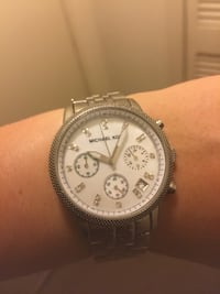 Round silver michael kors chronograph watch with link bracelet Arlington, 22202