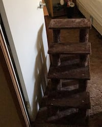 Pet Stairs. $10