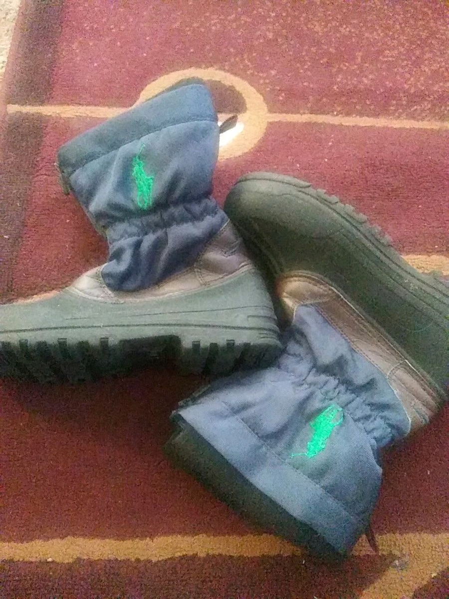 Photo Polo boots size 4