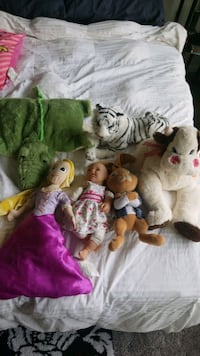 FREE accessories and stuffed animals