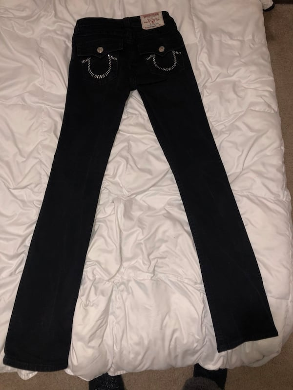 True religion black jeans size 26 a13cba41-ceb2-48fe-b260-283825d1a5a7