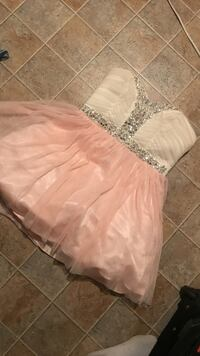 Women's white and pink strapless dress