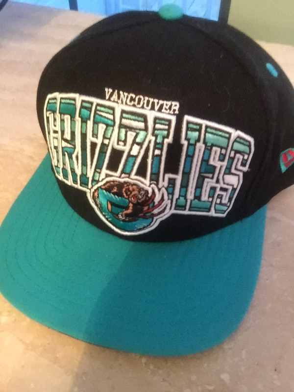 17b11b61bb4d9 Used New Era Grizzlies Vancouver SnapBack for sale in Duluth - letgo