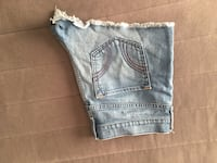 HOLLISTER JEAN SHORTS SIZE 13 Columbus, 43221