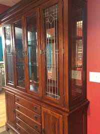Mahogany dining table and China cabinet MORRISTOWN