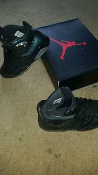 pair of black Nike basketball shoes Cheverly, 20785