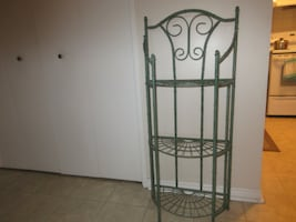 Green Metal Indoor / Outdoor Plant Stand
