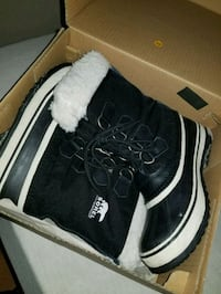 SZ 6 Sorel winter boots Used for 1 season only  Surrey, V3T 4B8