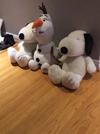 New Snoopy and Olaf toys ( $20 for each)  551 km