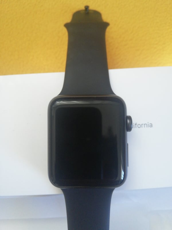 Apple watch 3 42 mm 3a1f28d2-122b-410a-beaa-3b2bed6c5016