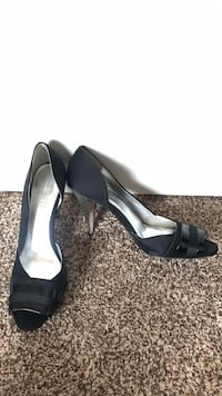 New Black heels ladies sz 9 peep toe Edmonton, T6V 0G1